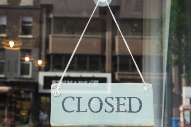 Closed shop sign