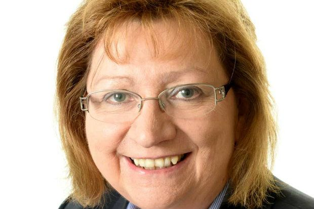 Anne Hutchings has predicted larger pharmacy chains will sell off more branches in 2019